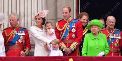 Foto Natale Famiglia Reale Inglese 1990.Famiglia Reale I Film Migliori E Nuovi
